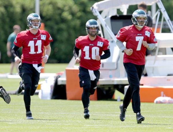 Eagles-Training-Camp-2016-600x457