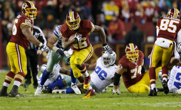 LANDOVER, MD - DECEMBER 30: Running back Alfred Morris #46 of the Washington Redskins carries the ball against the Dallas Cowboys during the third quarter at FedExField on December 30, 2012 in Landover, Maryland.  (Photo by Rob Carr/Getty Images)