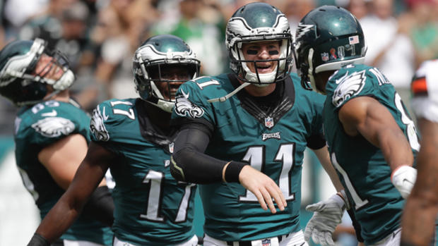 Eagles' quarterback Carson Wentz celebrates a touchdown pass to teammate wide receiver Jordan Matthews with wide receiver Nelson Agholor against the Cleveland Browns on Sunday, September 11, 2016.  YONG KIM / Staff Photographer