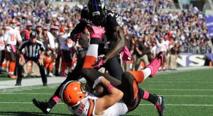 Browns tight end Gary Barnidge makes a highlight reel touchdown catch against the Baltimore Ravens.