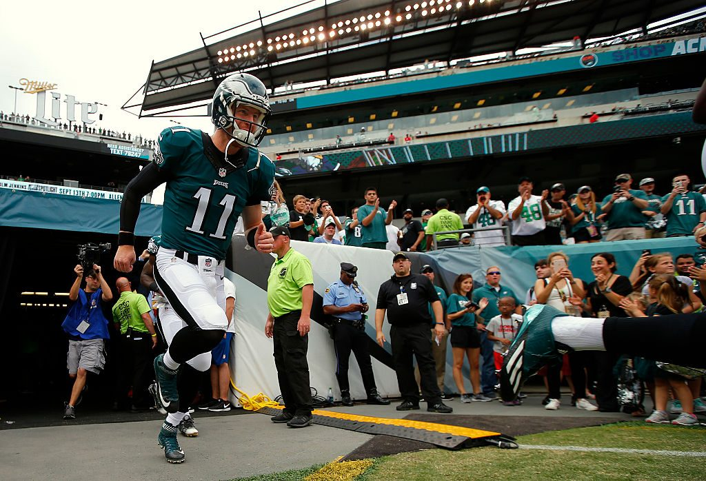 PHILADELPHIA, PA - SEPTEMBER 11: Carson Wentz #11 of the Philadelphia Eagles takes the field before a game against the Cleveland Browns at Lincoln Financial Field on September 11, 2016 in Philadelphia, Pennsylvania. (Photo by Rich Schultz/Getty Images)