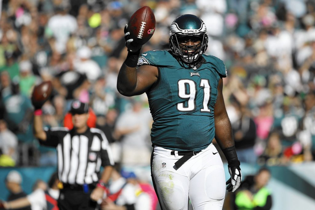 mc-eagles-fletcher-cox-defensive-player-of-week-20151014