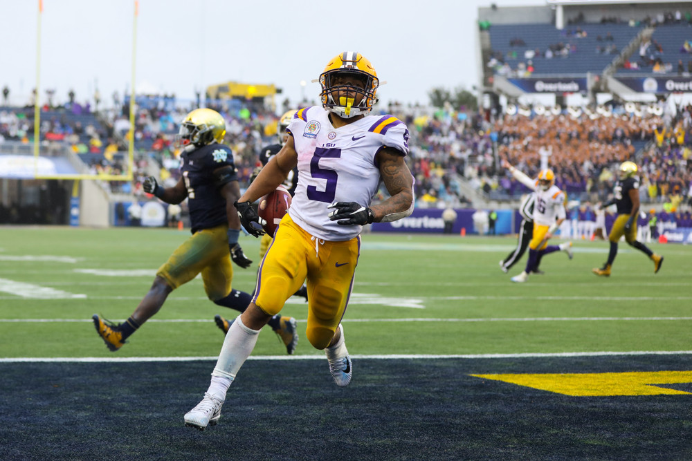 ORLANDO, FL - JANUARY 01: LSU Tigers running back Derrius Guice (5) runs the ball in for a touchdown during the Citrus Bowl between the Notre Dame Fighting Irish and the LSU Tigers on January 1, 2018 at Camping World Stadium in Orlando, FL. (Photo by Joe Petro/Icon Sportswire)