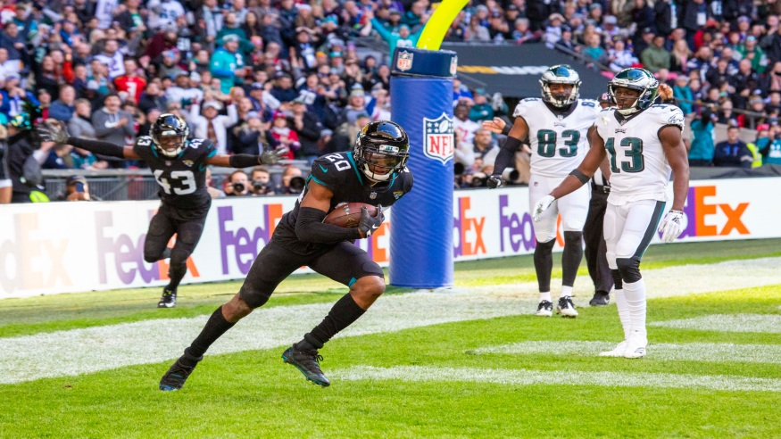 LONDON, ENG - OCTOBER 28:  Cornerback, Jalen Ramsey (20)  celebrates a turnover during the NFL game between the Philadelphia Eagles and the Jacksonville Jaguars on October 28, 2018 at Wembley Stadium, London, England. (Photo by Martin Leitch/Icon Sportswire)