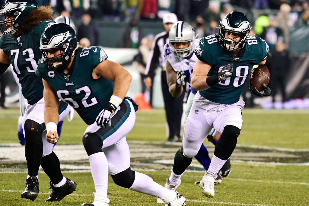 PHILADELPHIA, PA - DECEMBER 22: Dallas Goedert #88 of the Philadelphia Eagles rushes for yards during the second quarter at Lincoln Financial Field on December 22, 2019 in Philadelphia, Pennsylvania. (Photo by Corey Perrine/Getty Images)